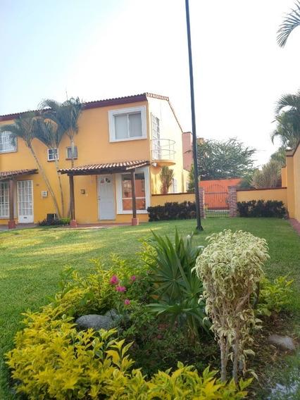 Casa En Venta En Tesoros De Tezoyuca, Morelos