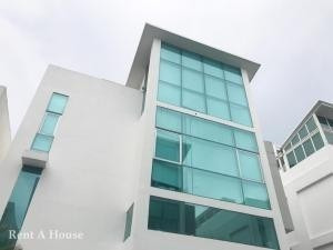 Espectacular Casa En Venta Minimal Houses Altos Del Golf