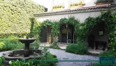 Casa Sola En Jardines Del Pedregal, Meseta