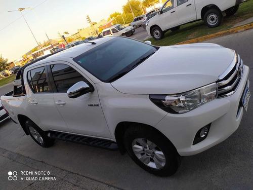 Toyota Hilux 2.8 Cd Srv 177cv 4x2 2016