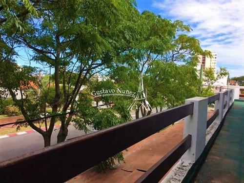Hotel A Pasos Del Mar- Ref: 3203