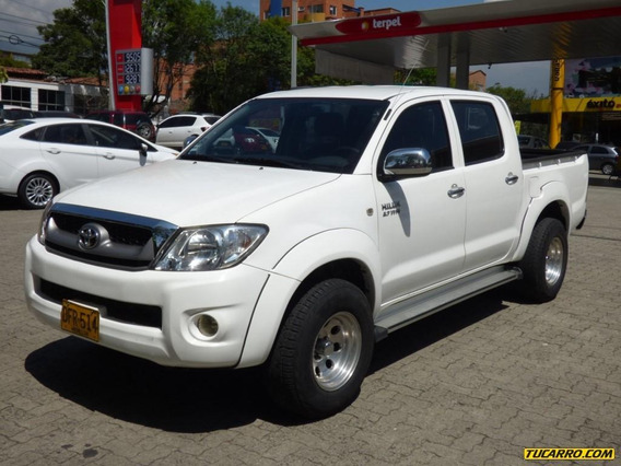 Toyota Hilux Imv Mt 2.7