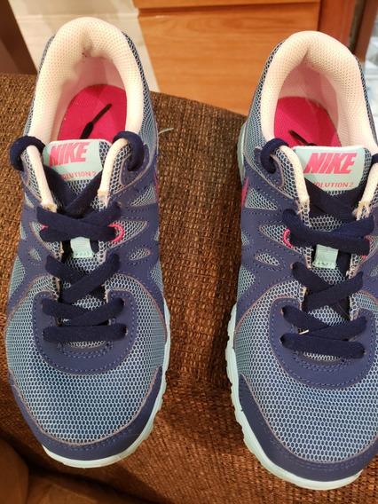 Tênis Nike Tamanho 34
