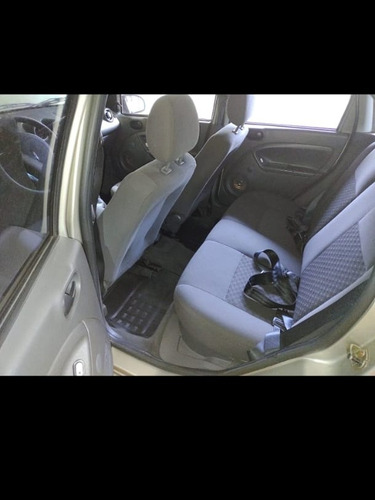Ford Fiesta 2006 1.0 Personnalité 5p