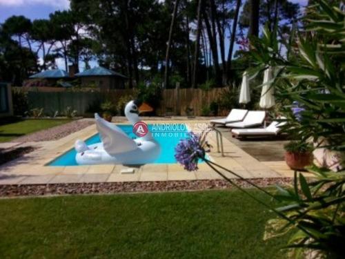 Casa En Zona De La Barra, Montoya- Ref: 4658