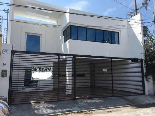 Venta O Renta De Casa Residencial, Cd Del Carmen, Campeche