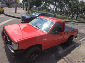 Mazda B-2000