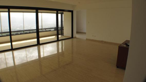 #17-8413 Apartamento En Venta Lomas De San Roman