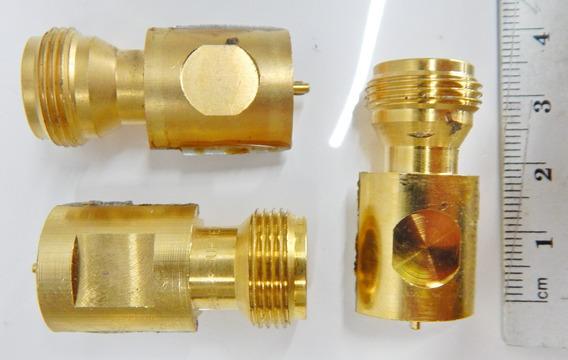 Três Conector Coaxial 90º Femea Solda Pcb Smt Sma