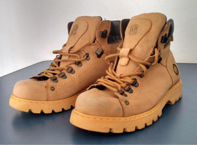 79f1b769e3 Botas Coturno West Coast Worker Classic Adventure Amarela