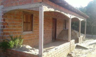 Casa De 3 Quartos E 2banheiros