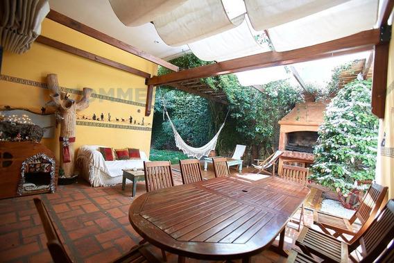 Casa En Alquiler, Olivos, Vicente López - Impecable Con Jardín Y Pileta Climatizada