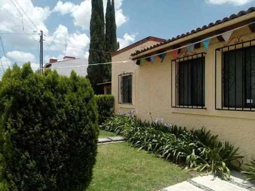 Casa En Venta En El Bello Fraccionamiento Villas Campestres