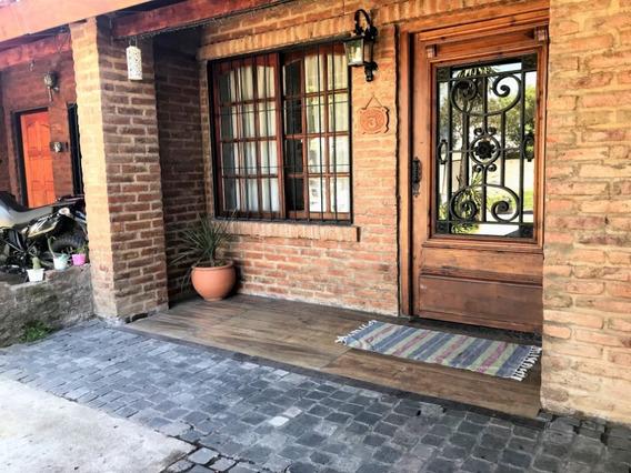 Casa Ituzaingo 5amb. Jardin Quincho Y Garage