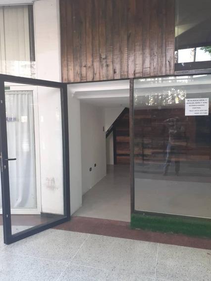 Gran Alquiler Local En Paseo Las Delicias 04243725877