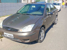 Ford Focus Sedan 2.0 Ghia 4p Automática 2002
