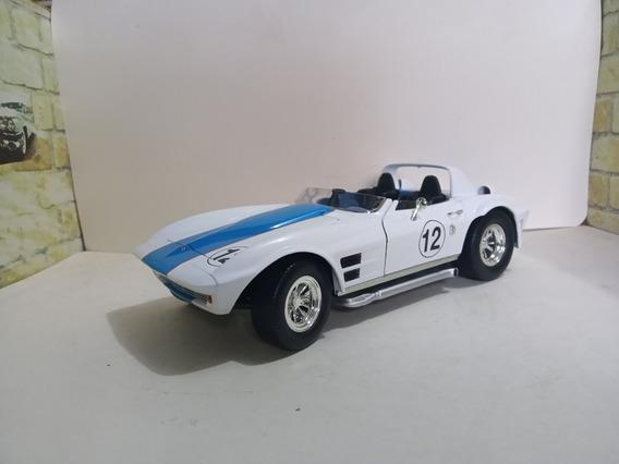 Miniatura Corvette 1/18