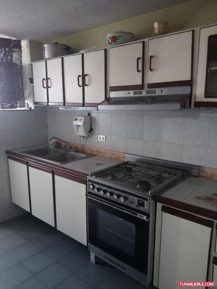 Apartamentos En Venta/ San Jacinto/ Auristela R. 04243174616