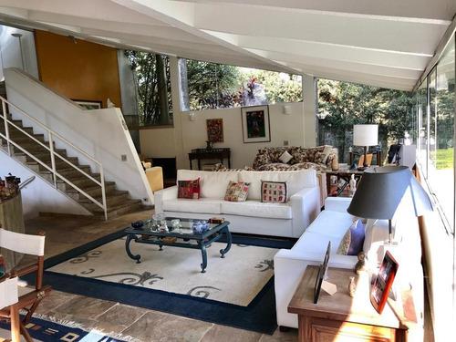 Casa 4 Dormitórios, Sendo 2 Suites, 4 Vagas, Lareira, Jardim, Piscina,  No Jardim Guedala. - 10356