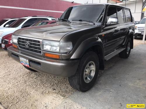Toyota Burbuja 2002