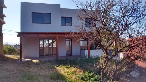 Venta Casa En B° La Estanzuela, La Calera