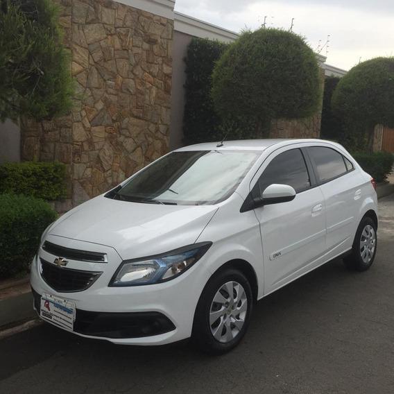 Chevrolet Onix 1.4 4p Flex Lt