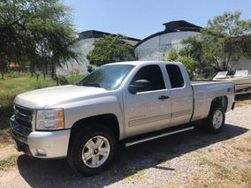 Chevrolet Cheyenne 5.3 Cabina Ext. 4x4