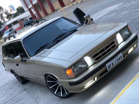 Chevrolet Comodoro Completa