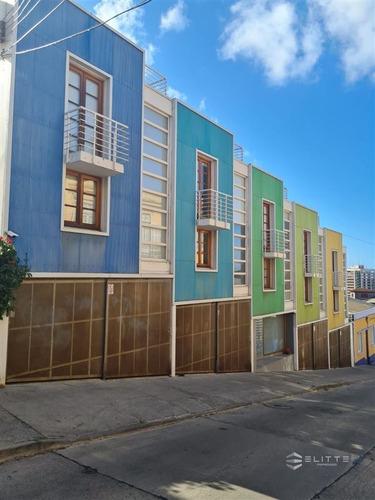 Imagen 1 de 29 de Departamento En Venta De 1 Dorm. En Valparaíso