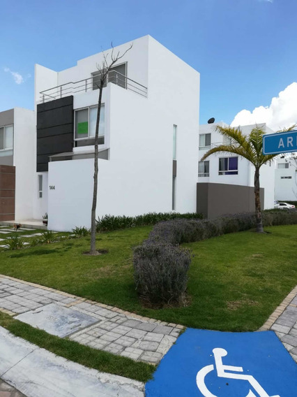 Rento Casa ¿ Lomas De Angelópolis Parque Provenza