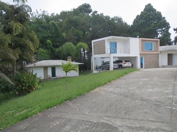 Casa En Venta Mls #17-12818 - Laura Colarusso