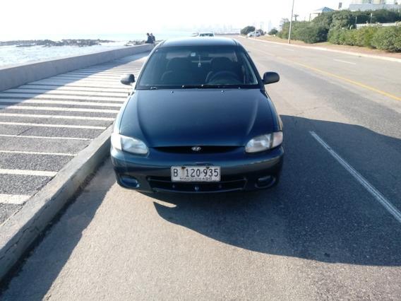Hyundai Accent 1.5 Gls 4dr 1998