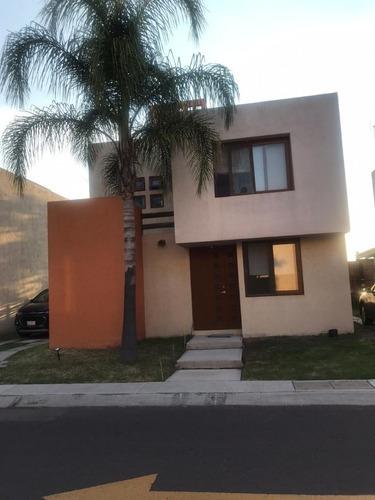 Rento Casa En Puerta Real Queretaro