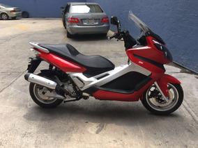 Motocicleta Motoneta Scooter 250cc, 3000 Kms 2014