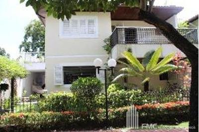 Casa Sobrado Em Condomínio Com 3 Quartos - V872-v