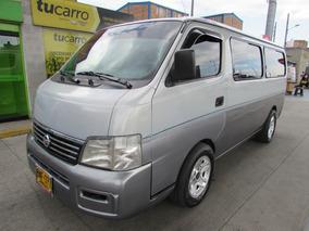 Microbus Nissan Urban