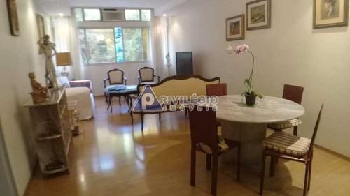 Apartamento À Venda, 3 Quartos, 2 Vagas, Leme - Rio De Janeiro/rj - 2434