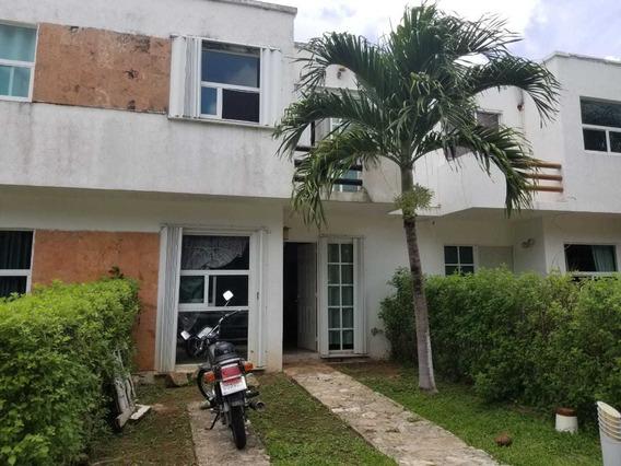 Casa En Venta Playa Del Sol Condominio Con Alberca Playa Del Carmen P3285