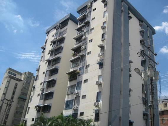 Apartamento En Venta Urb San Isidro Maracay Zp 20-3378