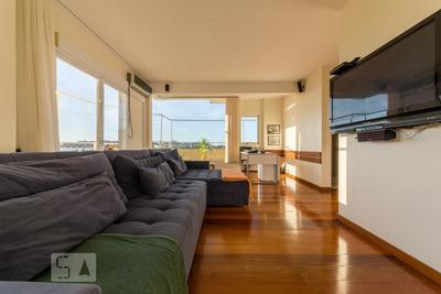 Apartamento No 3º Andar Mobiliado Com 2 Dormitórios E 2 Garagens - Id: 892917323 - 217323