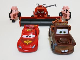 Frank Colheitadeira Trator Mcqueen Mate Disney Cars Carros