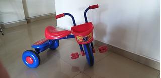 Hermoso Triciclo A La Venta *** Para Niños De 1-3 Años ***