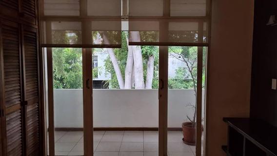 Apto. En Alquiler, Anexo De Casa 2do Piso En La Trinidad.