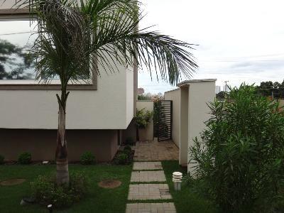 Casa No Bairro Jardim Italia Em Cuiabá - Mt - 04056