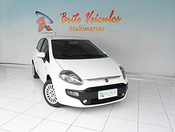 Fiat Punto 1.4 Attractive Italia 8v Flex 4p Manual 2013