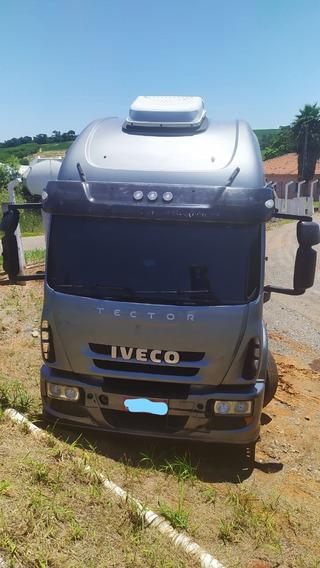 Caminhão Iveco 240e25 Cabine Alta