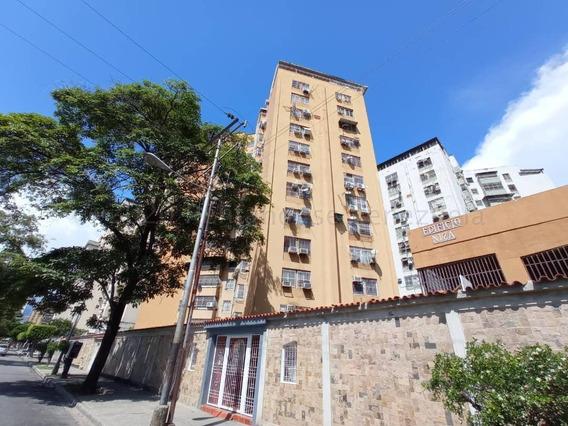 Apartamento Venta Res El Centro Maracay Mls 20-24798 Jd