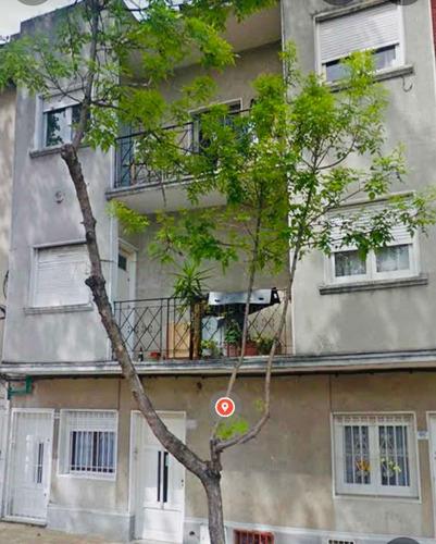 Apartamento En Venta 2 Cuadras De Gral.flores Nuda Propiedad