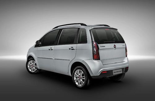 Imagen 1 de 7 de Alfombra Fiat Idea Vapren 3 Piezas