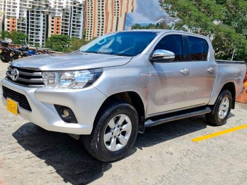 Toyota Hilux 2.4 Td 4x4